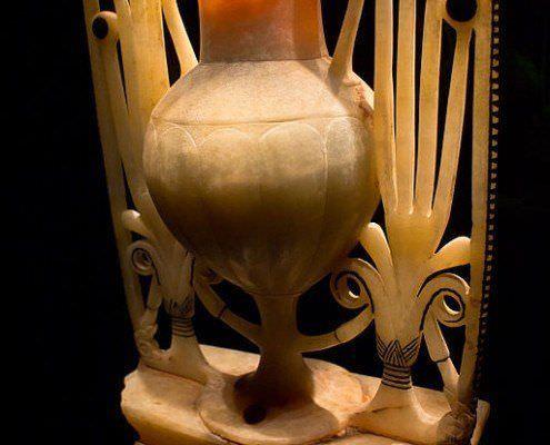 Alabaster vase originally found in the KV62 tomb of Tutankhamun