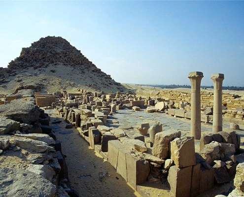 Abusir Complex - Pyramid complex of Sahure, view to the west, Abusir Complex - Photo by Roland Unger