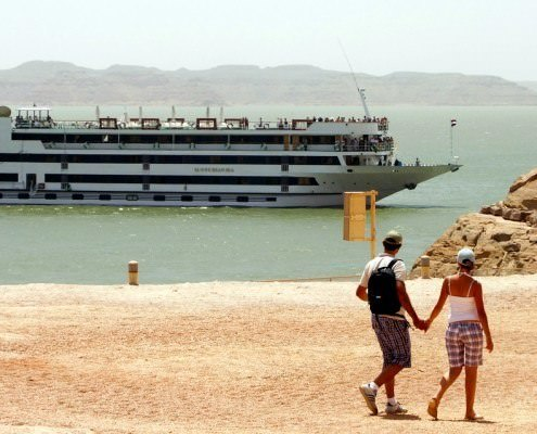 10 Day Egypt Tour - Nile and Lake Nasser Cruises