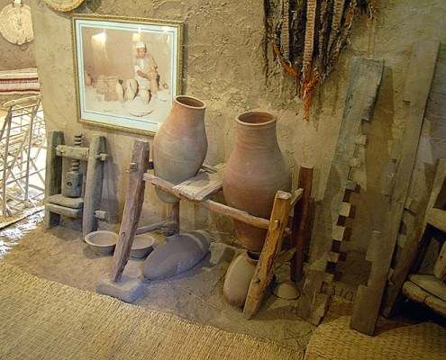 Mud vessels, Mut Ethnographic Museum