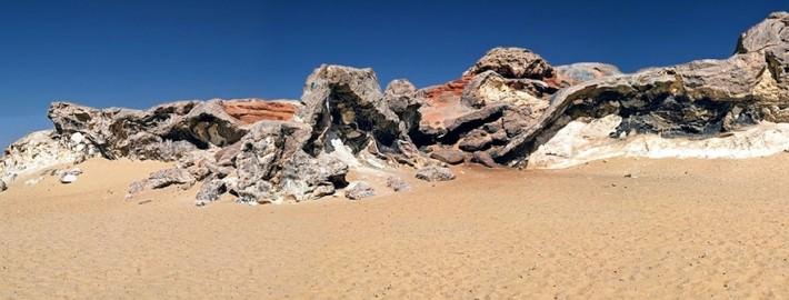 Ridge between Bahariya Oasis and Farafra Oasis in the Western Desert of Egypt