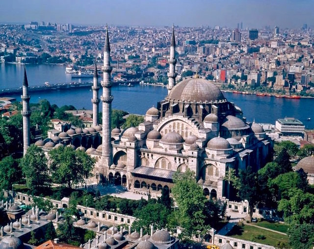 Turkey Tourist Attractions - Blue Mosque in Istanbul