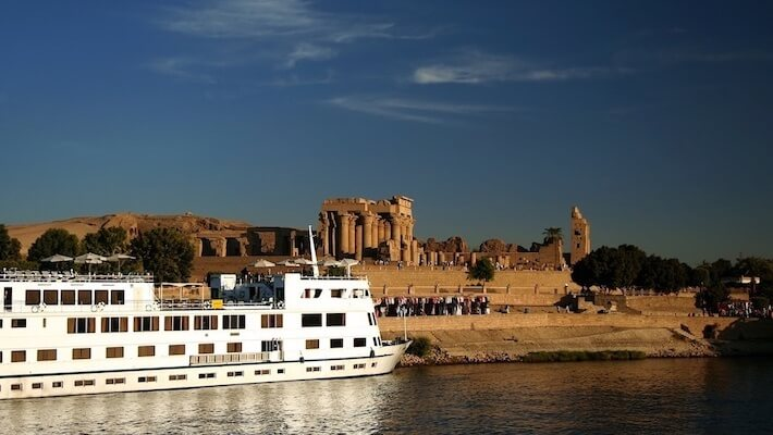 Luxury Nile Cruise and Stay