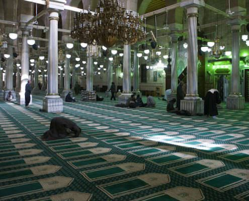 Mosque of Al Hussein interior